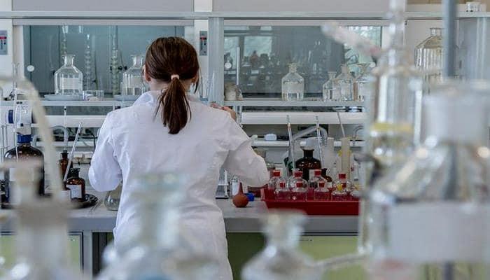 Китайские ученые назвали осложняющую коронавирус болезнь