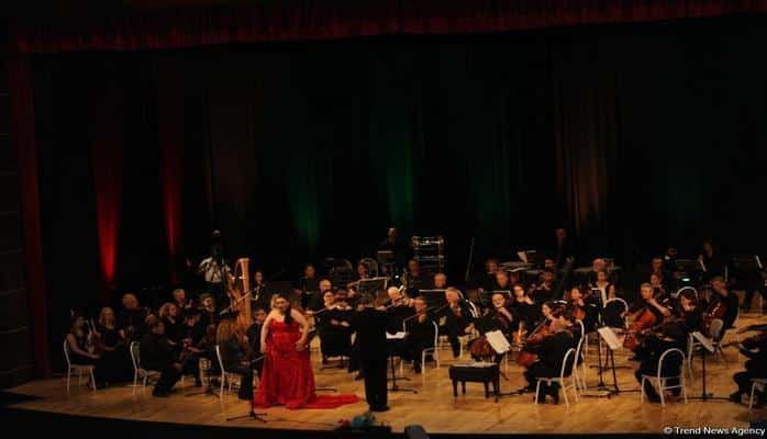 Золотое сопрано Турции выступит в Баку