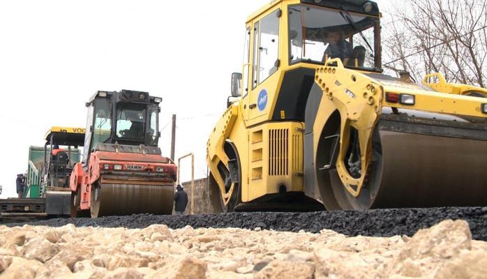 В Азербайджане продролжается масштабная реконструкция и строительство дорожной инфраструктуры