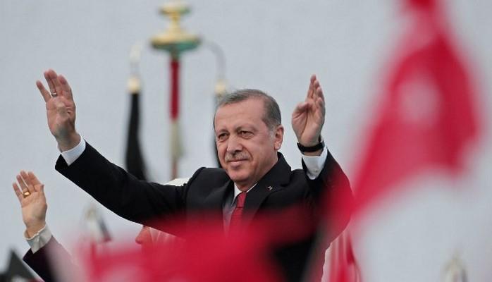 """Şəmistan Əlizamanlının ifa etdiyi """"Bismillah"""" mahnısı AKP-nin seçki marşı oldu"""
