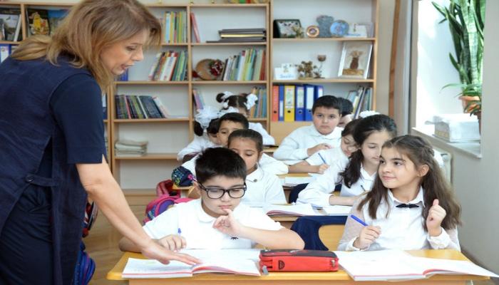 Полномочия по изменению продолжительности учебного года и дней   каникул переданы Кабмину Азербайджана