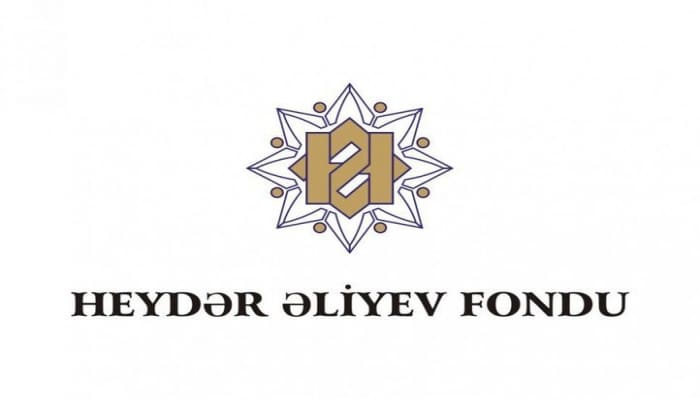 Роя приняла участие в социальном проекте Фонда Гейдара Алиева