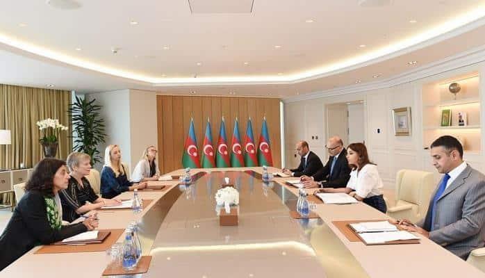 Первый вице-президент Мехрибан Алиева встретилась с делегацией во главе с заместителем генсека НАТО