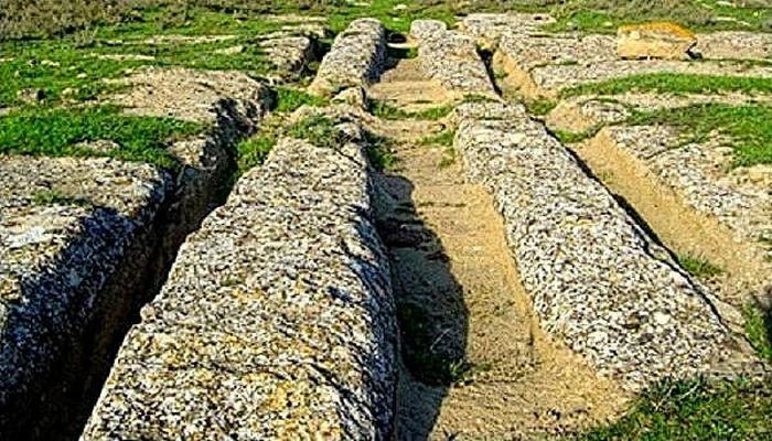 Abşeronun daş yollarının sirri