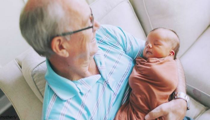 5 важных причин, почему внуки должны расти рядом с бабушками и дедушками