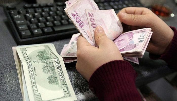 Türkiyədə dollar rekord səviyyədə bahalaşdı