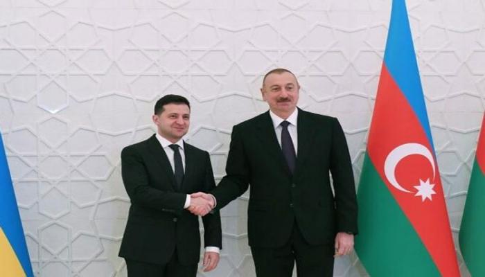 Владимир Зеленский поздравил президента Азербайджана