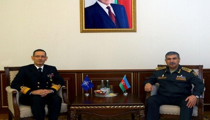 Министр обороны Азербайджана встретился с главой Управления по Партнерству НАТО/SHAPE