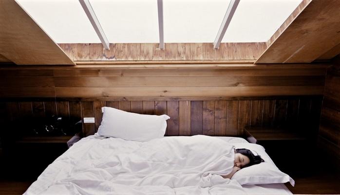 Названы четыре приема, помогающие худеть во сне
