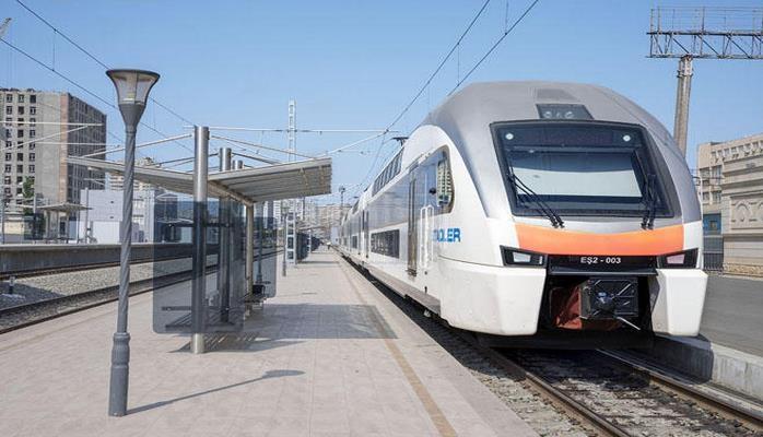 С начала года ж/д транспортом воспользовались более двух миллионов азербайджанцев