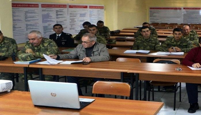 """Azərbaycan Ordusunda """"İlin ən yaxşı psixoloqu"""" müəyyənləşib"""