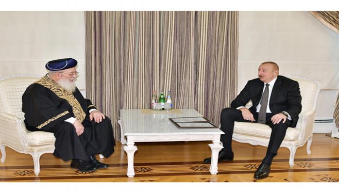 Prezident İlham Əliyev Qüds Sefardi ortodoks baş ravvinini qəbul edib