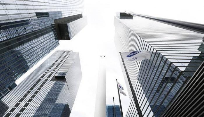 Председатель совета директоров Samsung подал в отставку