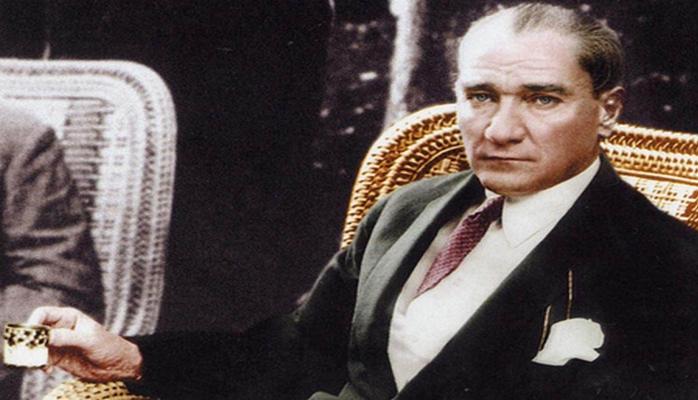 """Üstünə yarmaça atan deputata bir kəlmə söz deməyən """"diktator"""" – dostunu sona qədər dost saxlayan lider"""