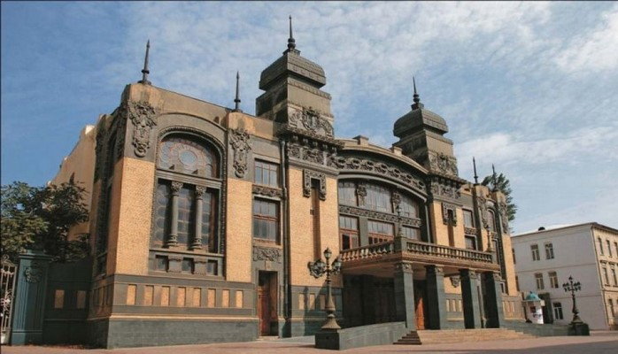 Ukraynalı balet ulduzları Bakı teatrının səhnəsində çıxış edib