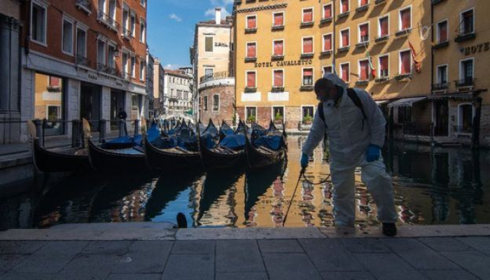 В Италии за сутки от коронавируса умерли 433 человека