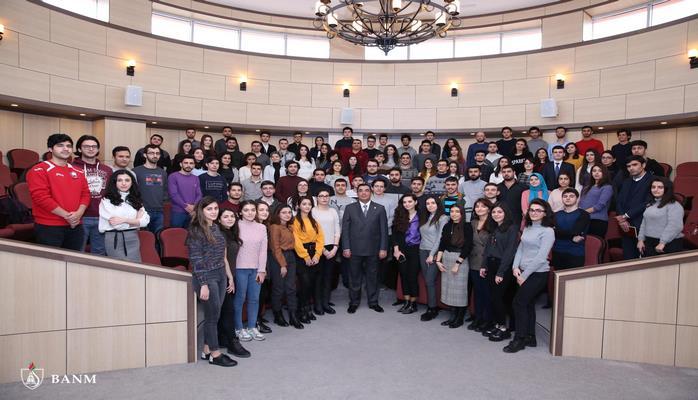 В Бакинской высшей школе нефти начинаются очередные занятия по курсу «Бизнес-образование для инженеров»