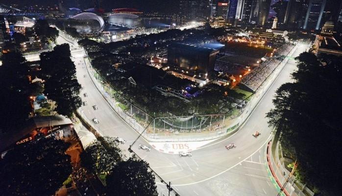 Грид-герлз вернутся на Гран-при Сингапура Ф1