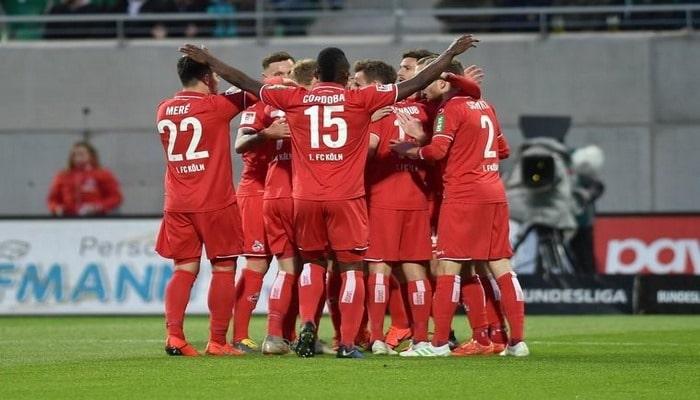 Bundesliqaya yüksələn ilk klub