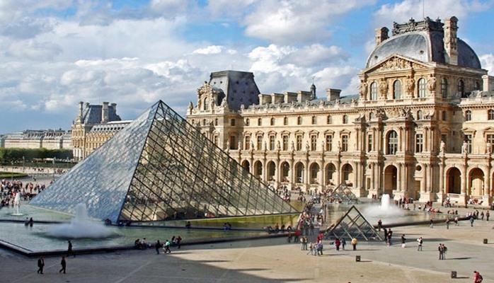 Французские специалисты выбирают экспонаты из Узбекистана для Лувра