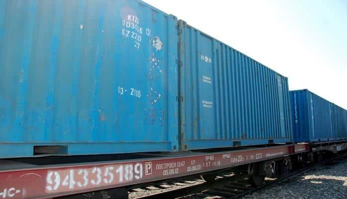 Узбекистан ввел новшества для таджикских пассажирских и грузовых поездов