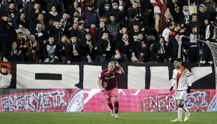 В Испании остановили матч из-за оскорблений фанатами украинца