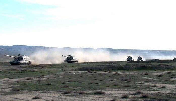 Войска продолжают оперативные учения - Видео