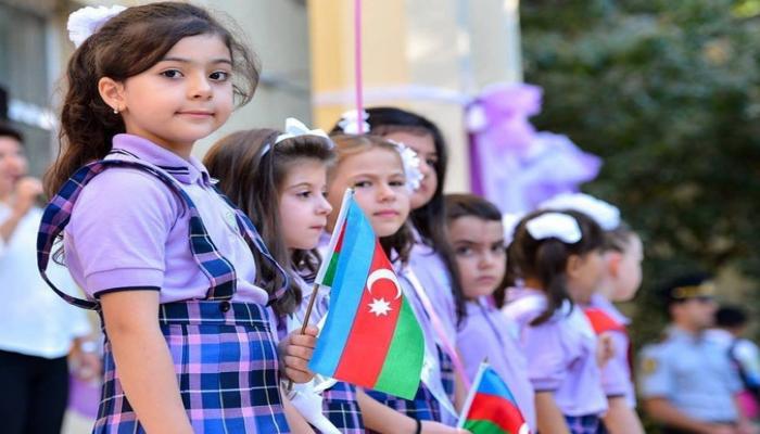 В новом учебном году в Азербайджане образование получат 1 525 016 учащихся