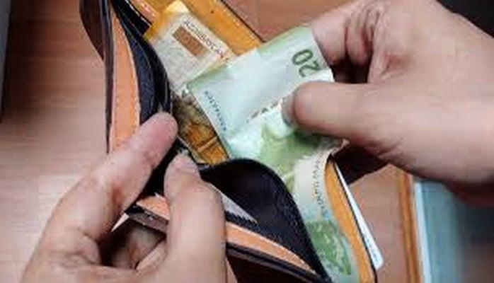 Зарплата наемных работников в Азербайджане увеличилась на 3,7 процента