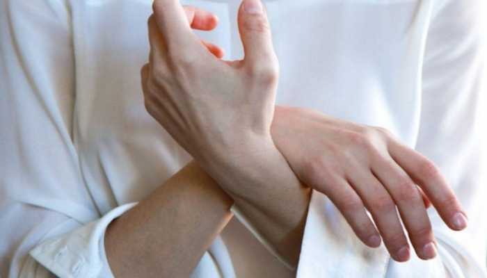 Врач рассказал, как выявить рак по состоянию ногтей