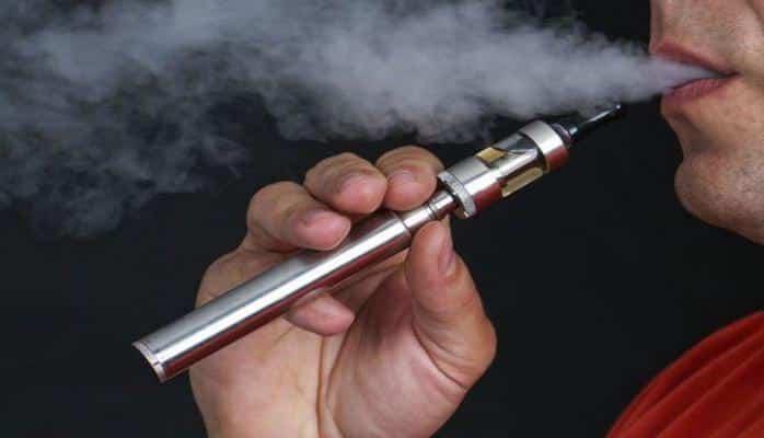 В США вводится запрет на продажу электронных сигарет из-за их вредности