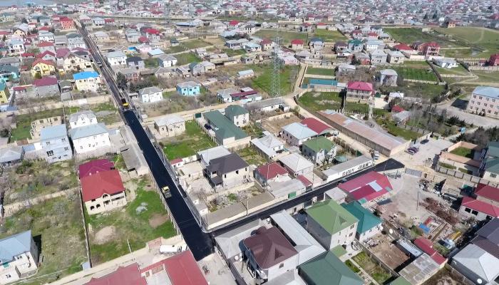 В Абшеронском районе ремонтируются 23 улицы и дороги