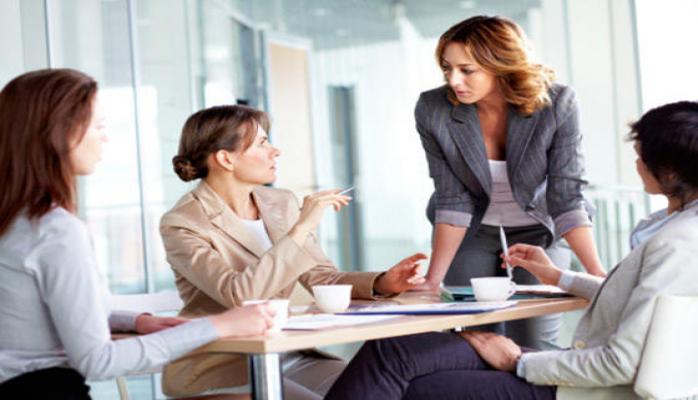 Орхан Мамедов: Развитие женского предпринимательства является одним из приоритетных вопросов (версия 4)