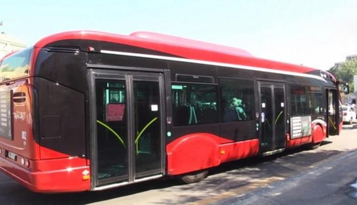 В Баку изменена схема движения одного из автобусных маршрутов
