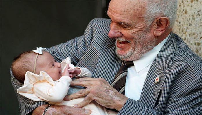 """""""Человек с золотой кровью"""" спас жизни двух миллионов новорожденных"""
