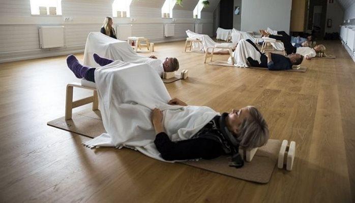 В Финляндии внедряют дневной сон на работе. Да, время сна оплачивается. Нет, мы не шутим
