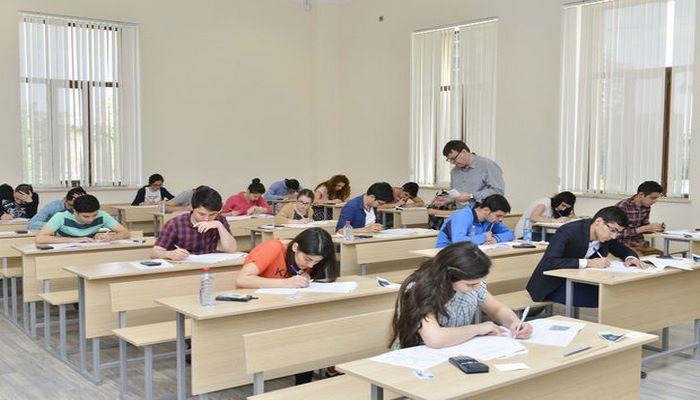В Азербайджане начинаются выпускные экзамены