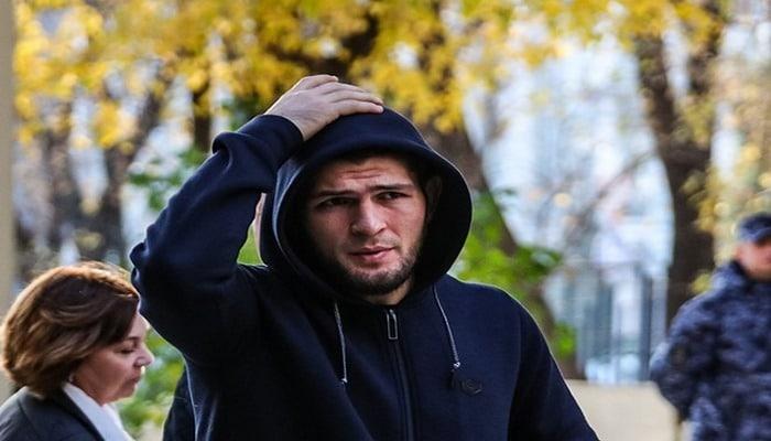 Нурмагомедов остался чемпионом UFC