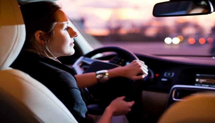Эксперты рассказали, какие таблетки лучше не принимать за рулем