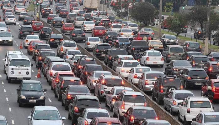 Вагиф Асадов назвал равнодушие и безразличие причинами возникновения пробок на столичных дорогах