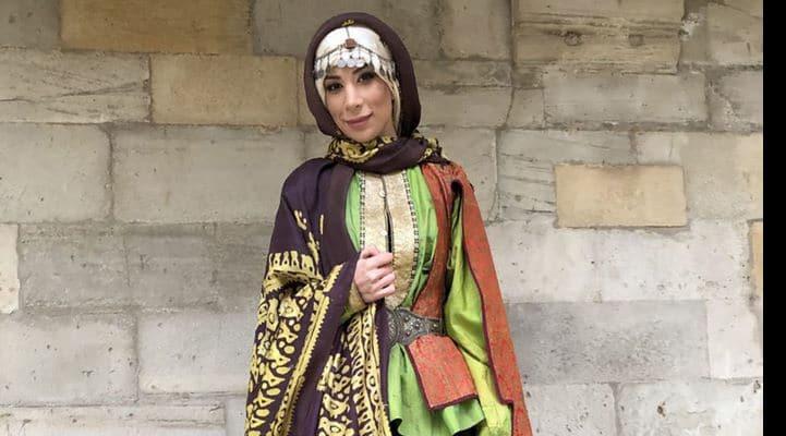 XIX əsrdə Bakı qadınları necə geyinirdi?