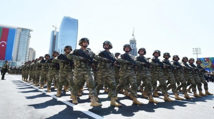Военный эксперт: Парк оружия и военной техники Азербайджанской армии обновлен на 80%