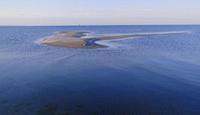 Азербайджан попал в десятку стран, чья площадь сократилась от подъема уровня моря