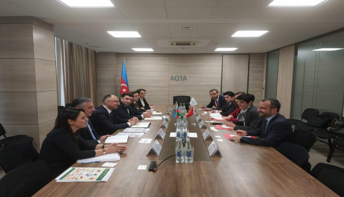 В Агентстве пищевой безопасности Азербайджана прошла встреча с представителями Офиса по сотрудничеству Южный Кавказ-Швейцария