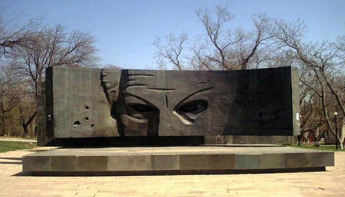 История создания памятника Рихарду Зорге в Баку (ФОТО)