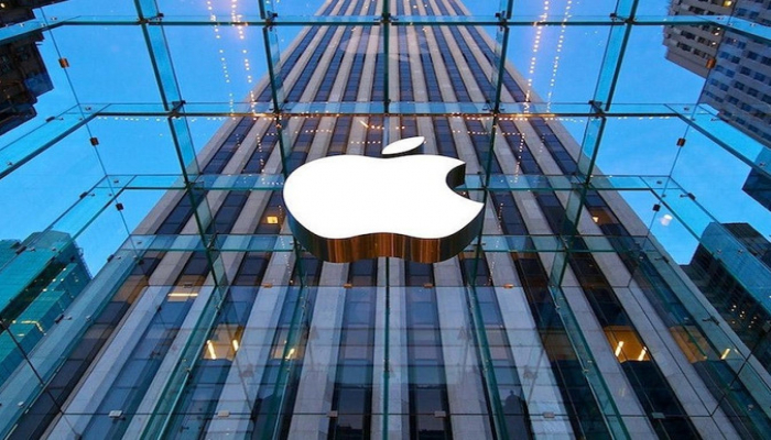 """'Apple' 2020-ci ildə ucuz """"iPhone"""" satışa cıxaracaq"""