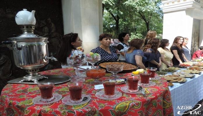 """Qubada """"Regionun mətbəx günü"""" adlı milli yemək festivalı keçirilib"""