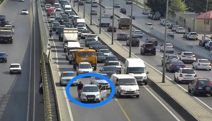 Неисправные транспортные средства вызывают пробки на дорогах