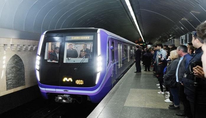 Bu gün Bakı metrosu yarım saat artıq işləyəcək