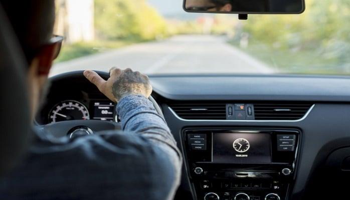 Mercedes idarə edənlər, avtomobilinizin adının və loqosunun mənasını bilirsizmi?